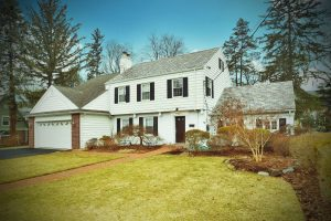 29 Lawrence Pkwy, Tenafly, NJ 07670