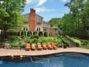 ANAT EISENBERG TEAM CLOSES  MORE SALES IN TENAFLY & Closter