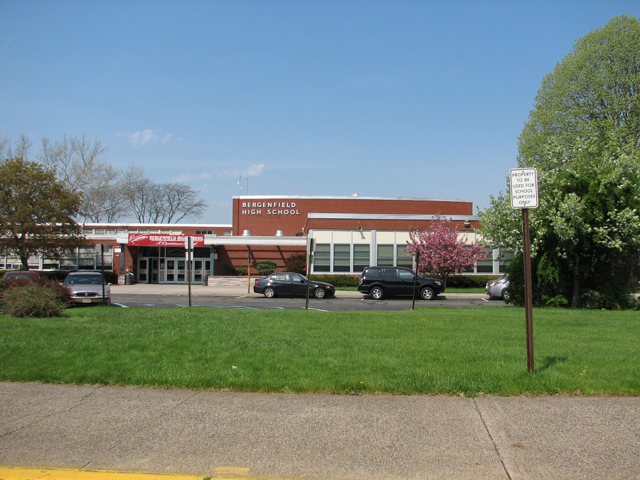 BERGENFIELD SCHOOL - HIGH SCHOOL