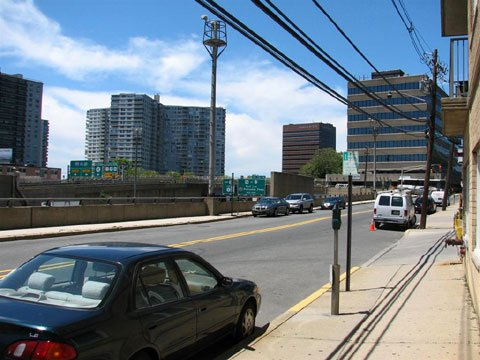 Fort Lee is situated next to major NJ highways
