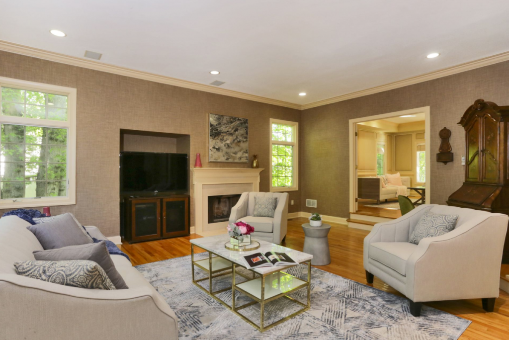 Team Eisenberg Home Staging